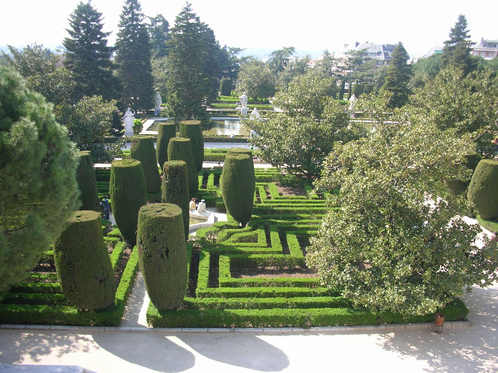 Jardines de Sabatini and Campo del Moro, Madrid
