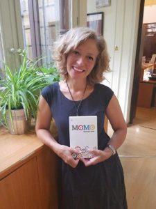 traducción de Momo, de Michael Ende, por Begoña Llovet