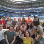 Grupo de alumnos en el Estadio Santiago Bernabéu