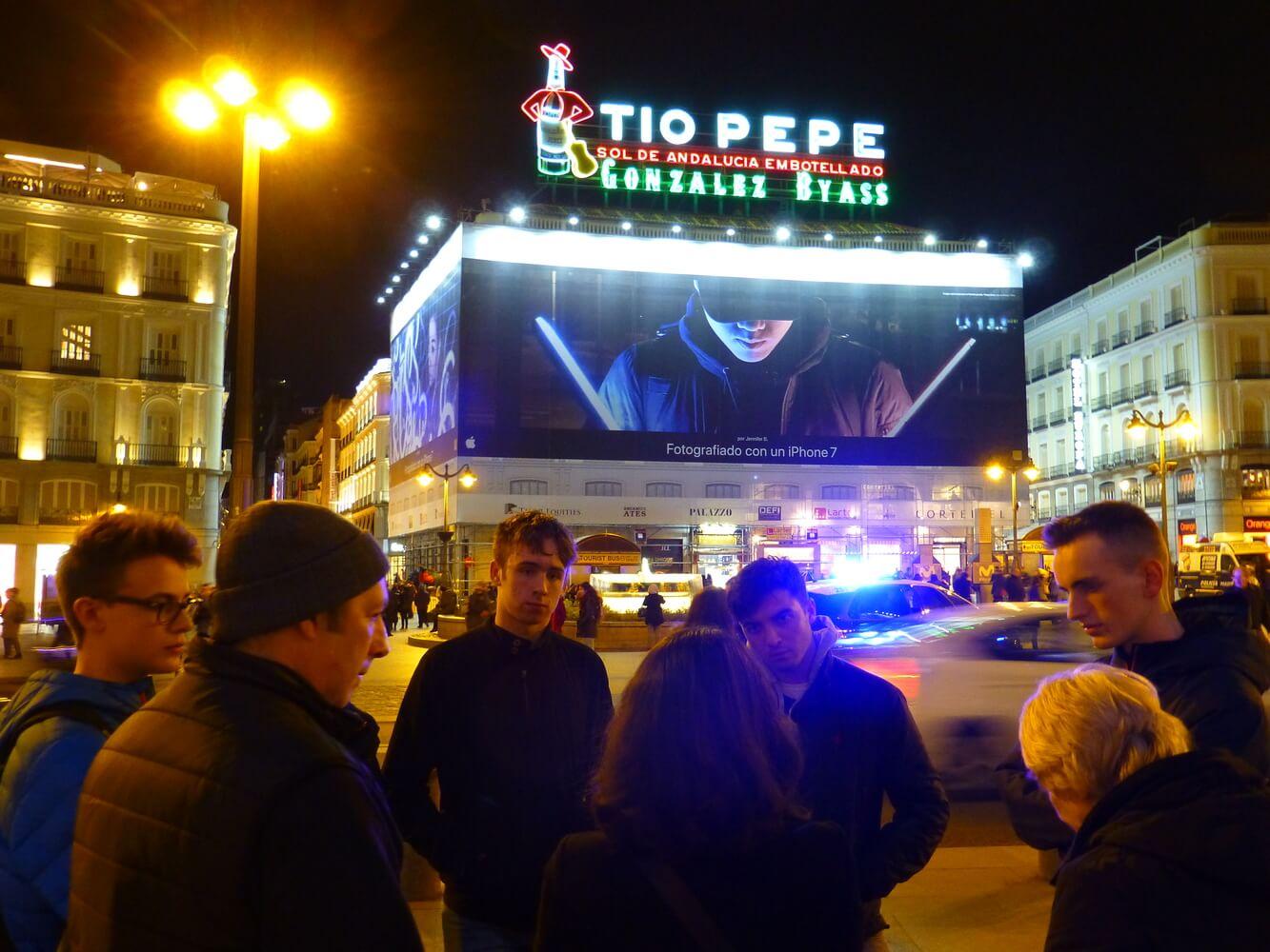 Visit of students of Manchester Grammar School, Puerta de Sol, Tio Pepe