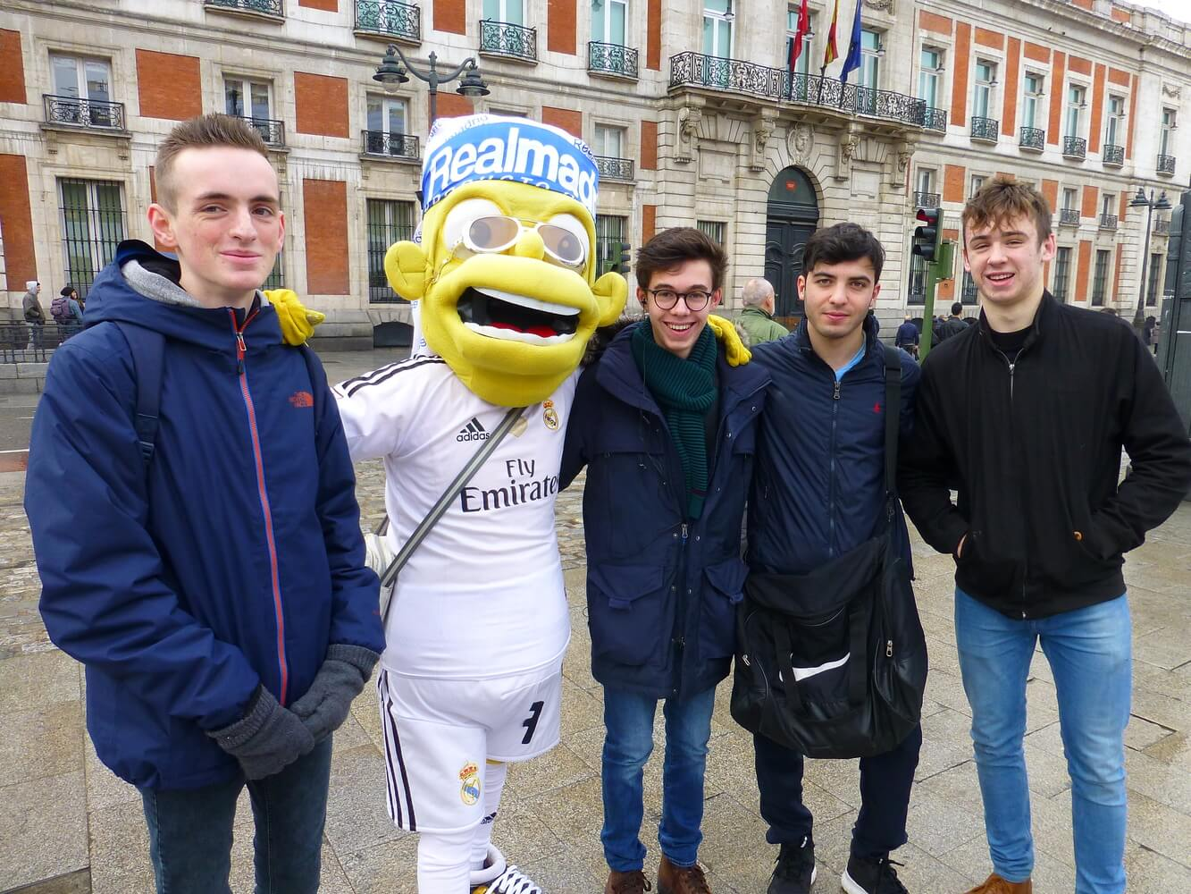 Visit of students of Manchester Grammar School, Puerta de sol