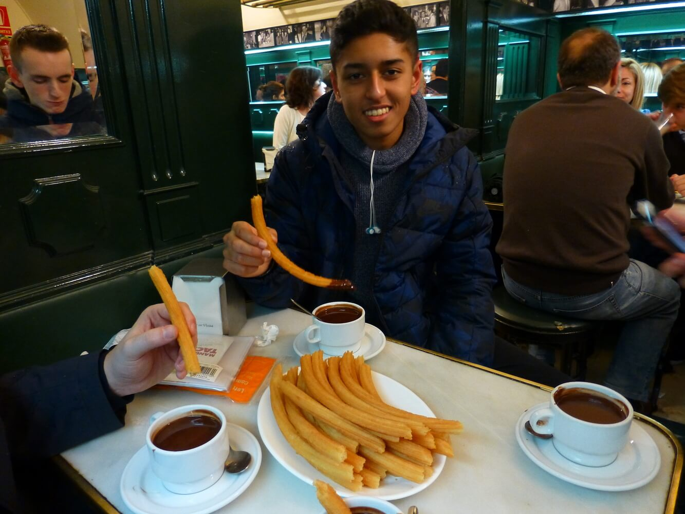 Visit of students of Manchester Grammar School, Chocolate with churros