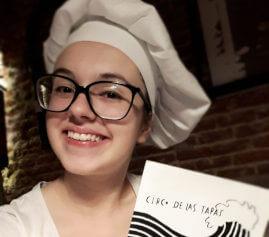Estudiante del curso español + prácticas en restaurante