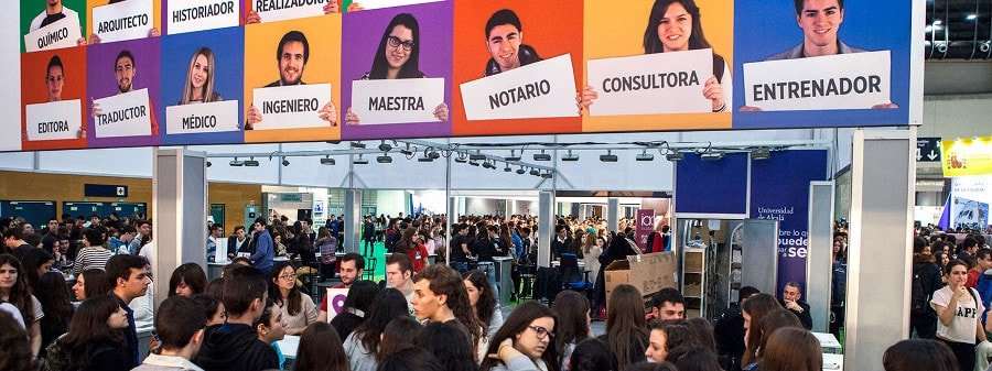 AULA: International Students Fair