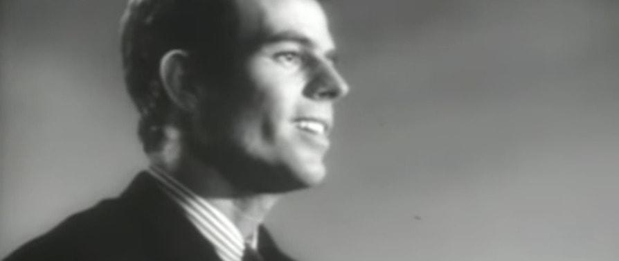Julio Iglesias – La Vida Sigue Igual