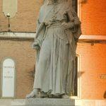 Alcala de Henares, estátua de Cisneros