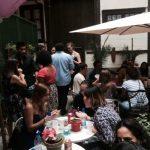 Vários estudantes em uma festa de intercâmbio, TANDEM Madrid
